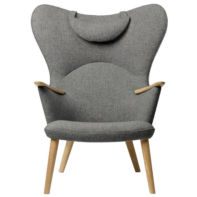 Carl Hansen CH78 Mama Bear Chair in Oak/ Fiord 0151 Fabric by Hans J. Wegner For Sale