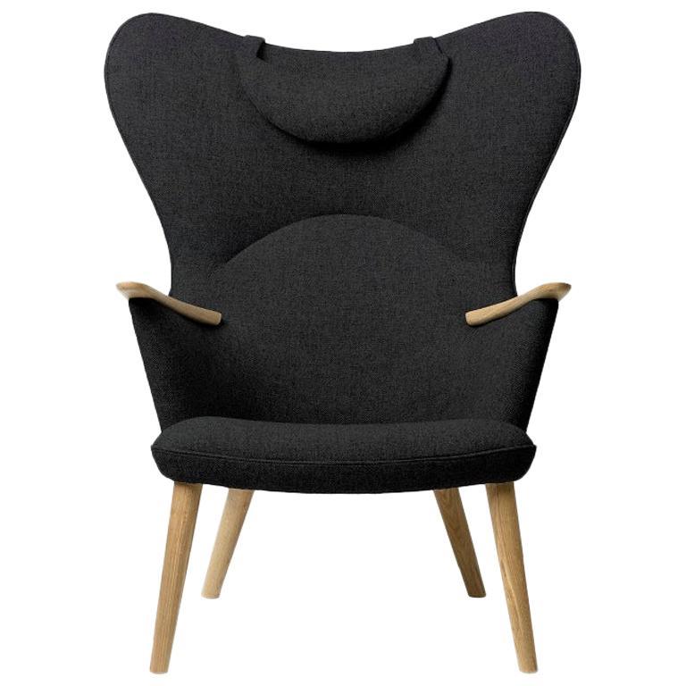 Carl Hansen CH78 Mama Bear Chair in Oak/ Fiord 0191 Fabric by Hans J. Wegner For Sale