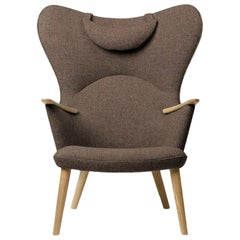 Carl Hansen CH78 Mama Bear Chair in Oak/ Fiord 0271 Fabric by Hans J. Wegner
