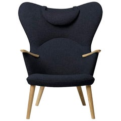 Carl Hansen CH78 Mama Bear Chair in Oak/ Fiord 0782 Fabric by Hans J. Wegner