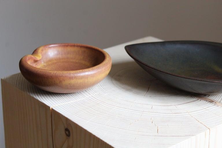 Mid-Century Modern Carl-Harry Stålhane & Gertrud Lönegren, small bowls, Stoneware, Rörstrand, 1950s For Sale