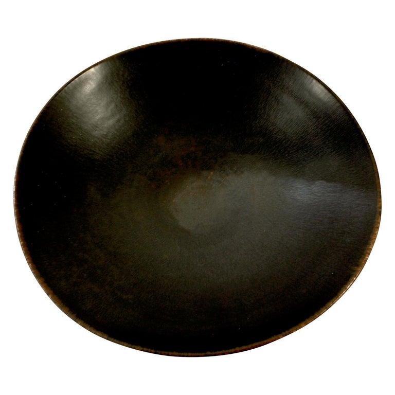 "Brown ""haresfur"" glazed ceramic footed bowl by Carl Harry Stålhane for Rörstrand, Sweden, 1960s (signed on bottom"