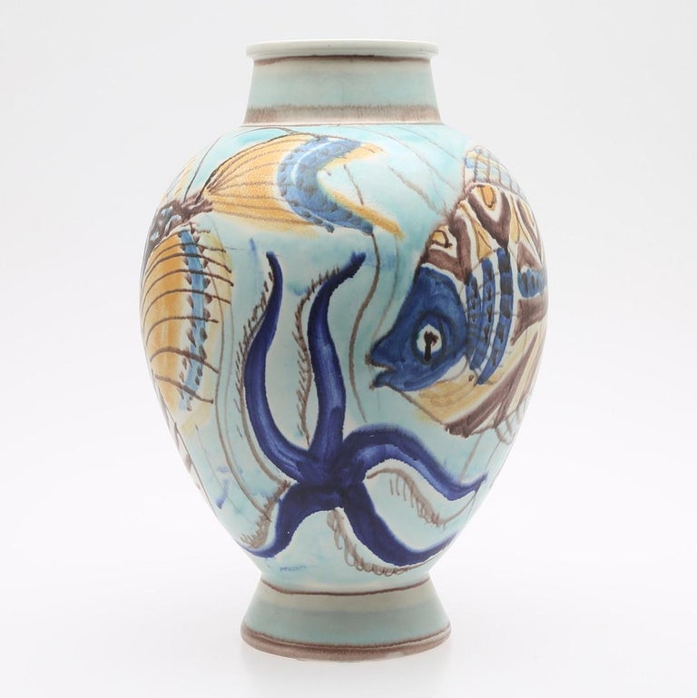 Carl_Harry Stålhane, unique hand decorated Scandinavian modern vase, executed by Rörstrand, signed and dated 1944. Starfish and fish motives. Perfect condition.