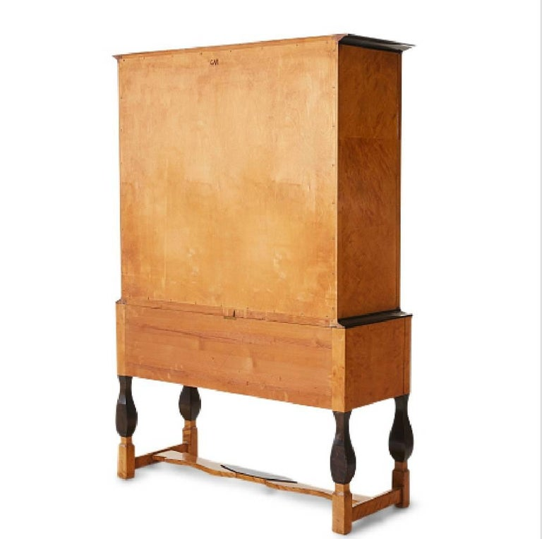 Carl Malmsten for Nordiska Kompaniet, Birch Cabinet from 1920s In Good Condition For Sale In Paris, FR