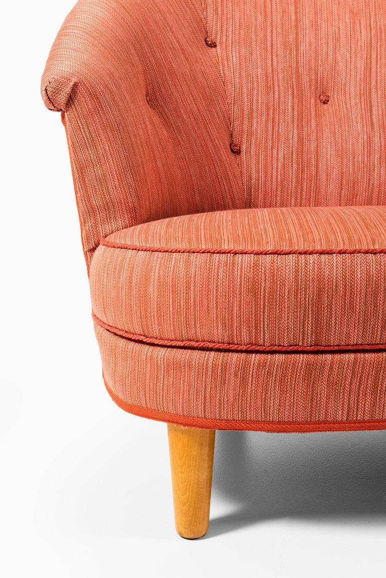 Scandinavian Modern Carl Malmsten Sofa Model Roma Produced in Sweden
