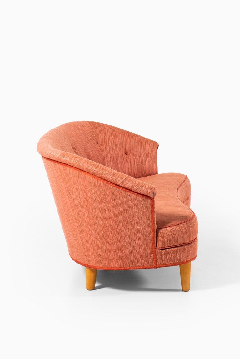 Mid-20th Century Carl Malmsten Sofa Model Roma Produced in Sweden