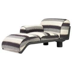 Carlo Bartoli Rossi di Albizzate Chaise Longue Reupholstered in Dedar Oz Fabric