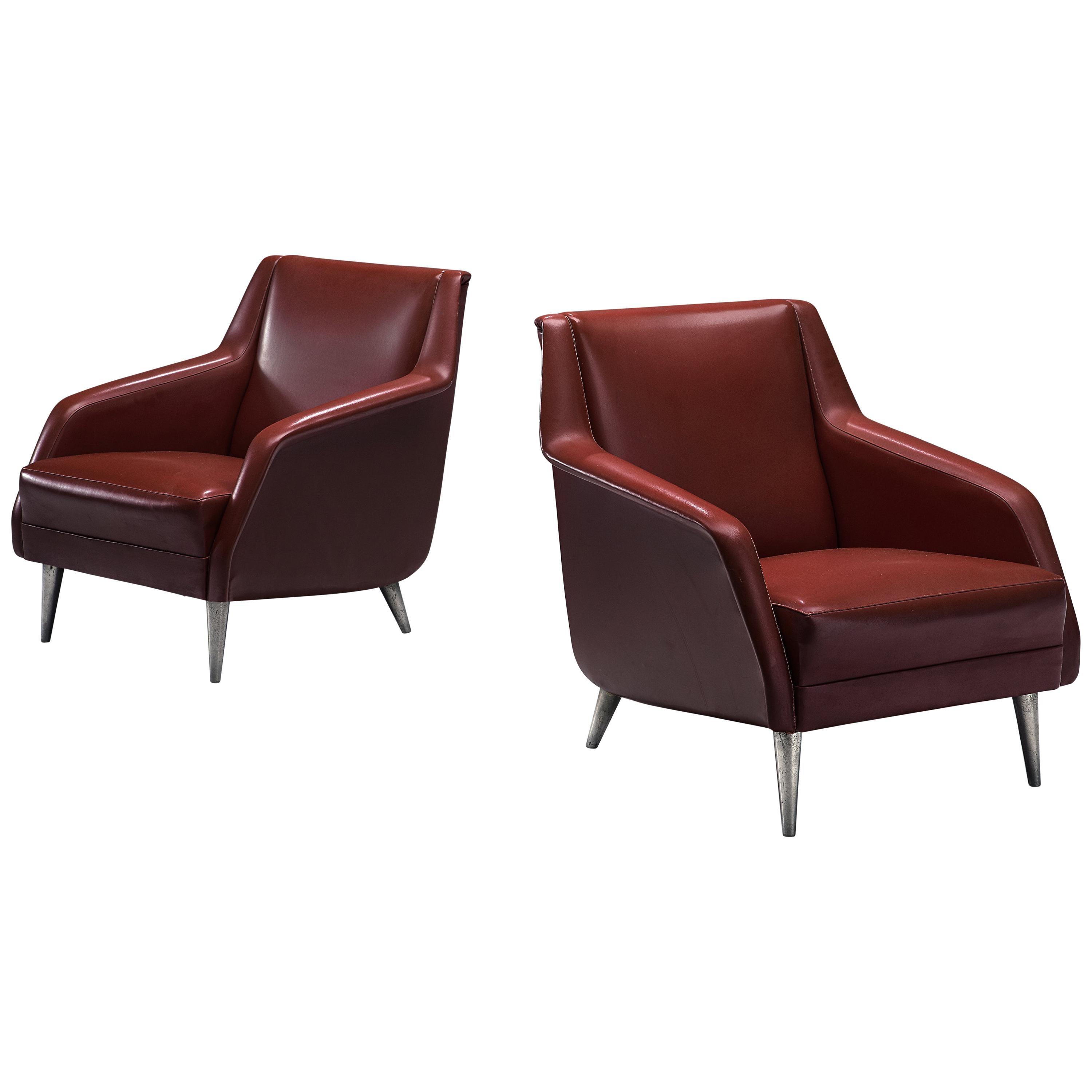 Carlo de Carli Pair of Lounge Chairs Model 802 in Red Leatherette