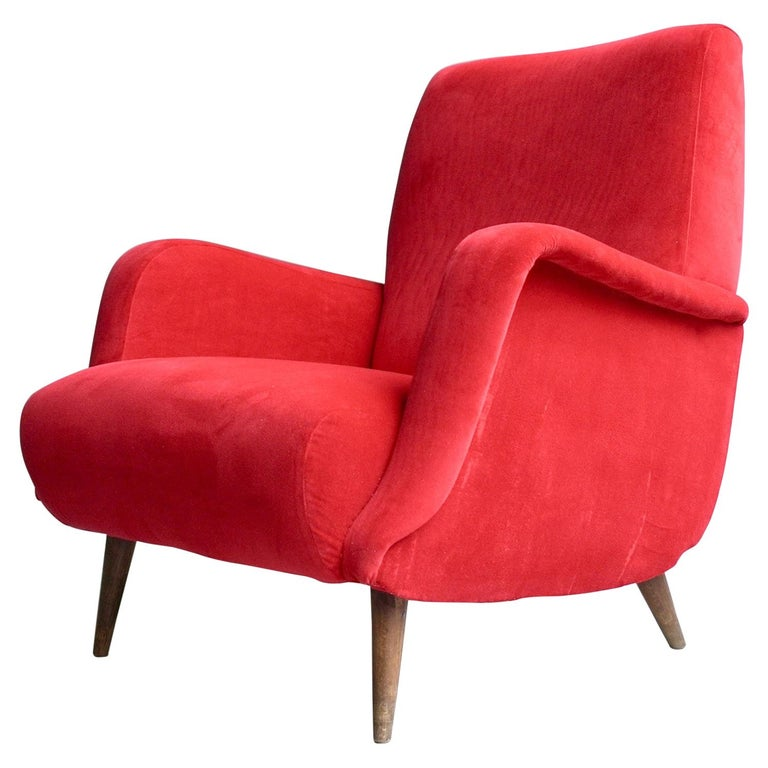 Carlo de Carli Red velvet and Walnut Armchair Model 806 by Cassina, Italy, 1955 For Sale
