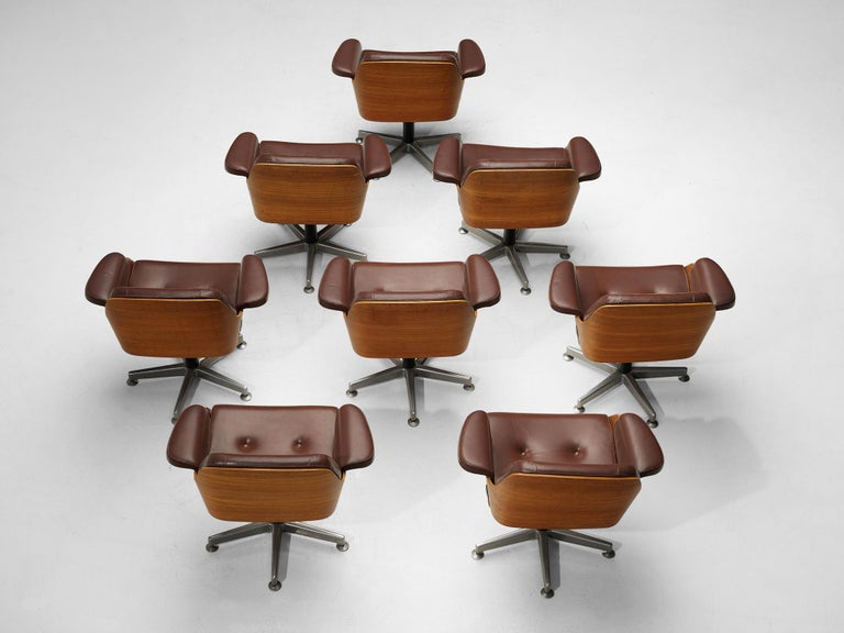 Carlo Fongaro Set of Eight Conference Chairs 'Probjeto' in Mahogany and Leather For Sale 2