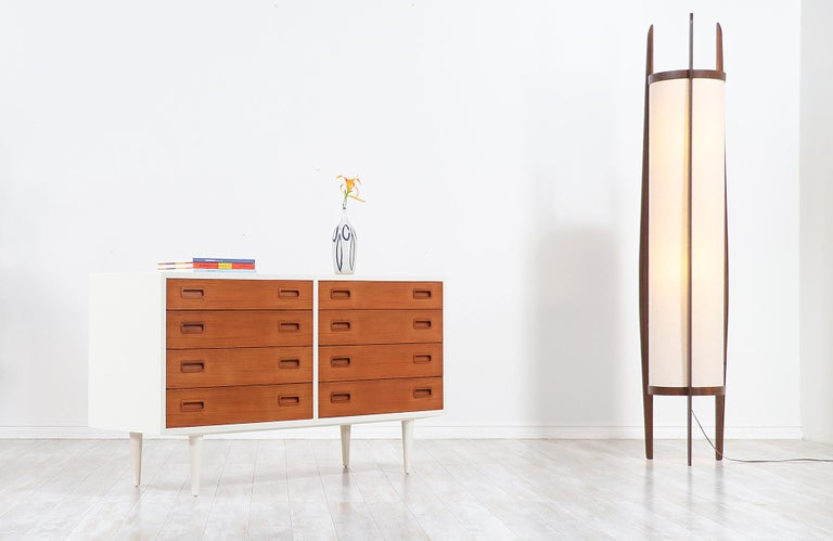 Mid-Century Modern Carlo Jensen Lacquered and Teak Dresser for Hundevad & Co. For Sale