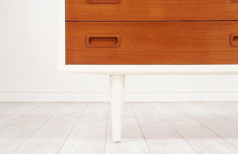 Carlo Jensen Lacquered and Teak Dresser for Hundevad & Co. For Sale 2