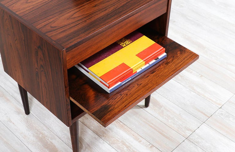 Carlo Jensen Rosewood Nightstands for Hundevad & Co. For Sale 4