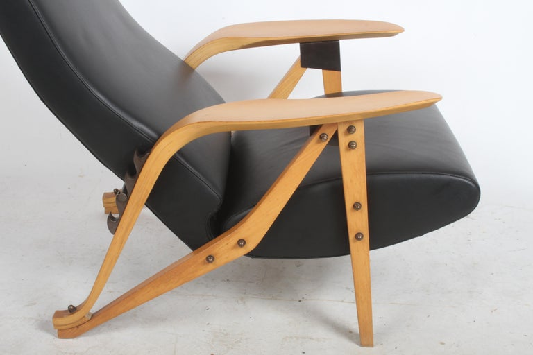 Mid-Century Modern Carlo Mollino Gilda Lounge Chair by Zanotto Italy For Sale