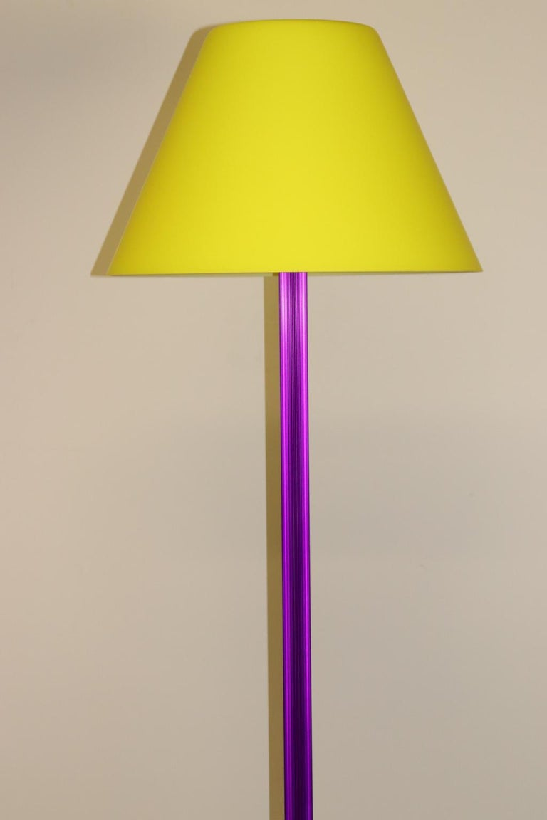 Mid-Century Modern Carlo Nason Floor Lamp Murano Lemon Yellow Glass Diffuser Fuchsia Anodized Stem For Sale