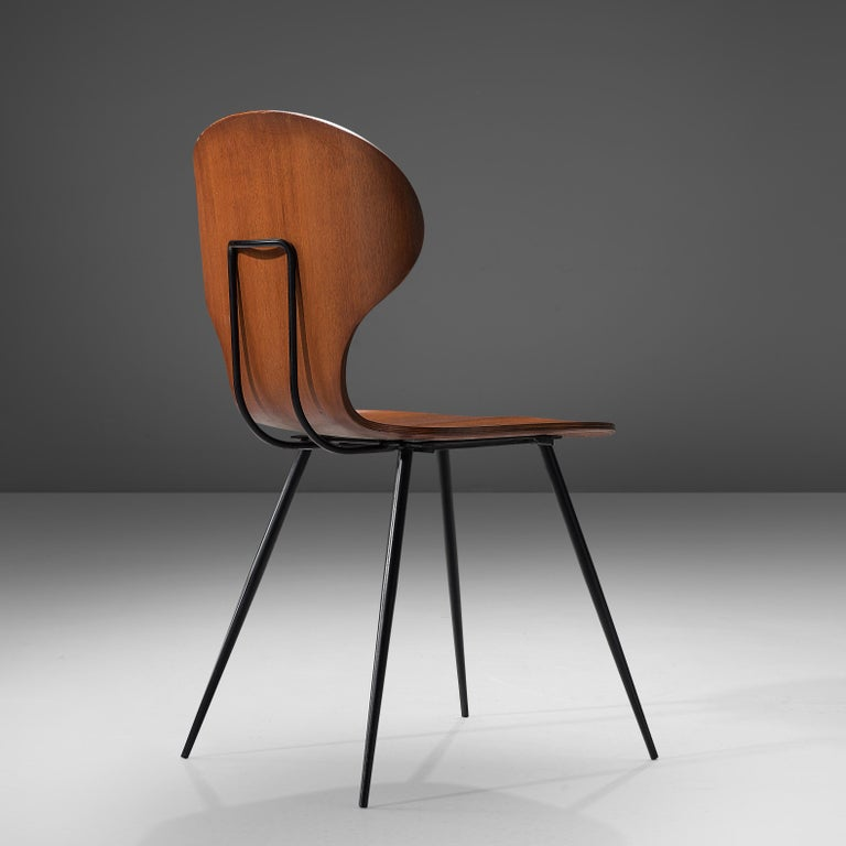 Carlo Ratti Set of Eight Dining Chairs in Wood and Metal For Sale 1