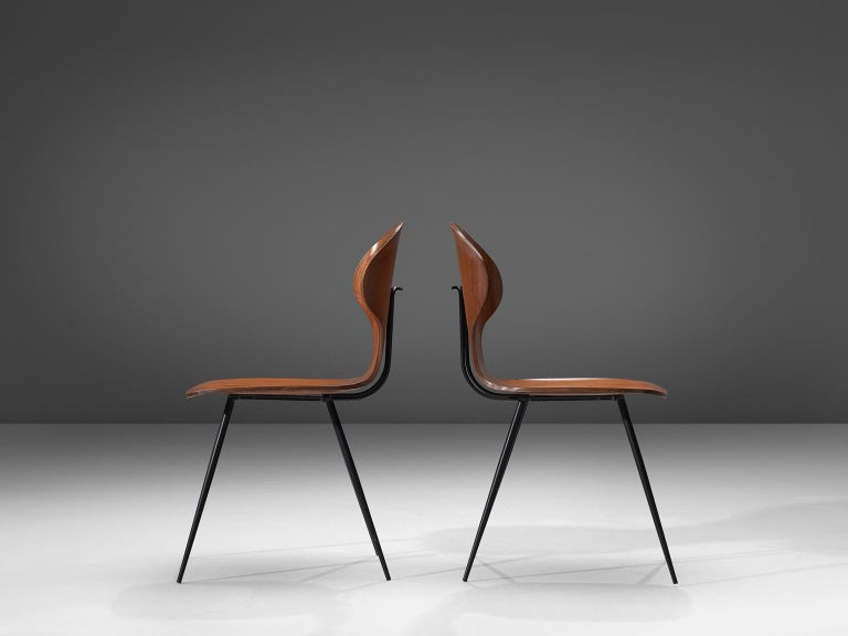 Carlo Ratti Set of Fourteen Dining Chairs of Plywood and Metal In Good Condition For Sale In Waalwijk, NL