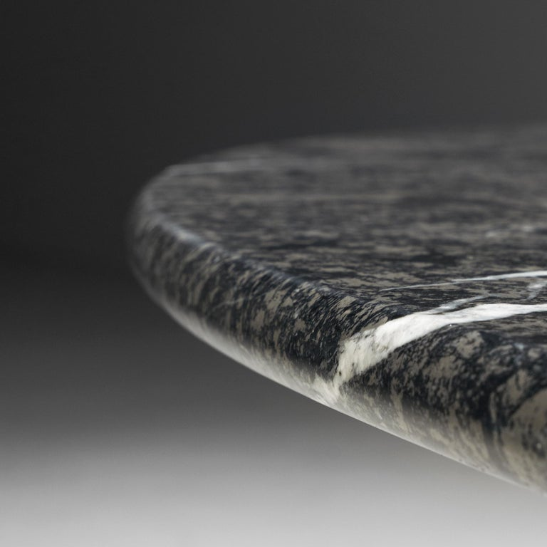 Carlo Scarpa 'Argo' Oval Dining Table in Grey Marble For Sale 4