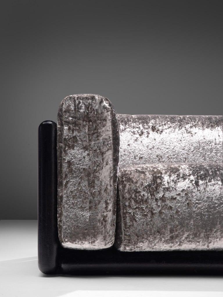 Carlo Scarpa 'Cornaro' Sofa in Metallic Velvet In Good Condition In Waalwijk, NL