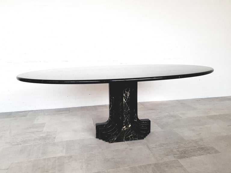 Carlo Scarpa Dining Table in Nero Marquina Marble For Sale 4