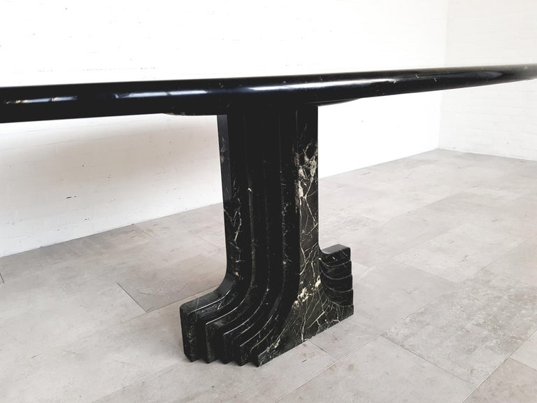 Carlo Scarpa Dining Table in Nero Marquina Marble For Sale 2