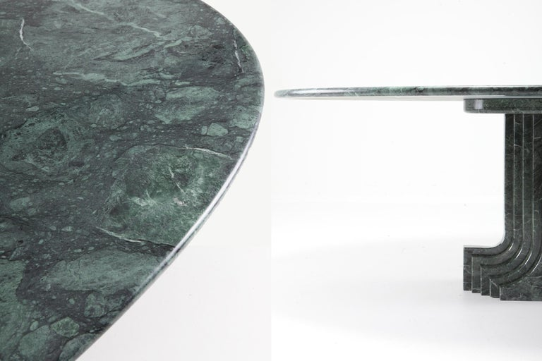 Carlo Scarpa Dining Table 'Samo' in a Rare Green Marble For Sale 5