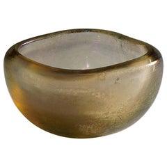 Carlo Scarpa 'Vetro Corroso Aurato' Glass Bowl for Venini, circa 1936