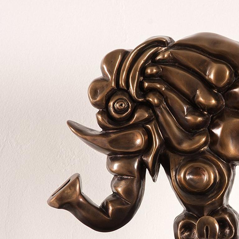 Elefante - Sculpture by Carlos Luna