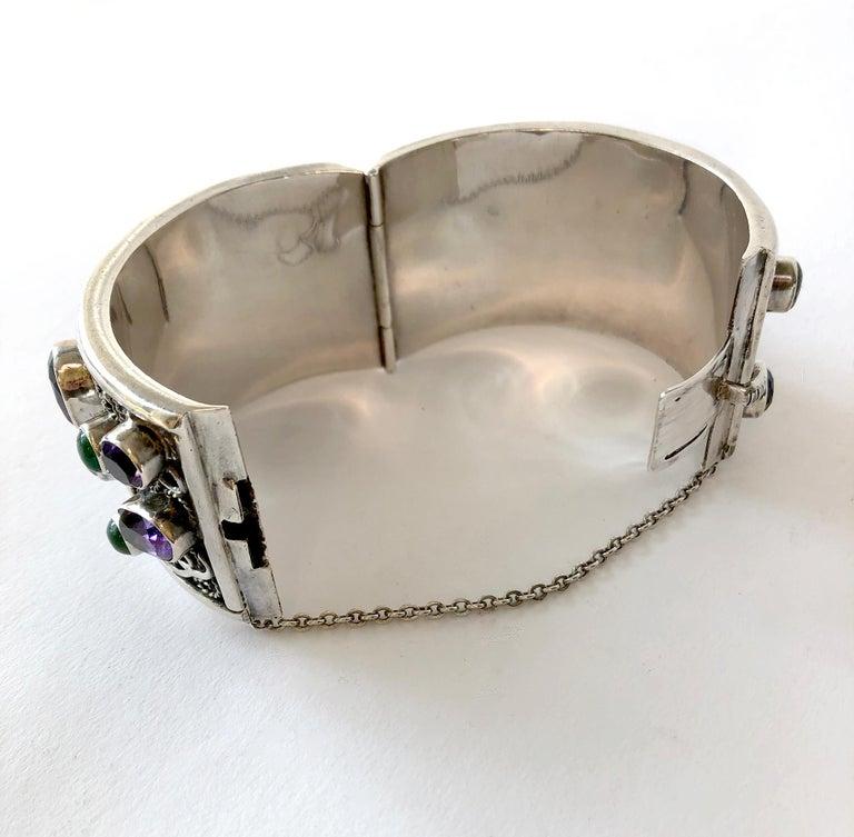 Women's Carmen Beckmann Sterling Silver Amethyst Gemstone Mexican Modern Hinged Bracelet For Sale