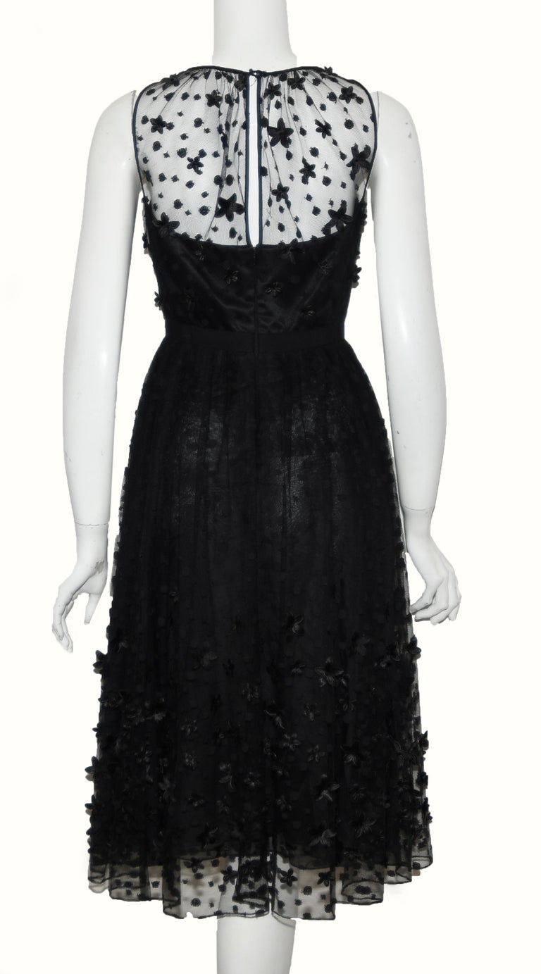Carmen Mark Valvo Black Tulle with Embroidered Details with 3D Appliques In Excellent Condition For Sale In Palm Beach, FL