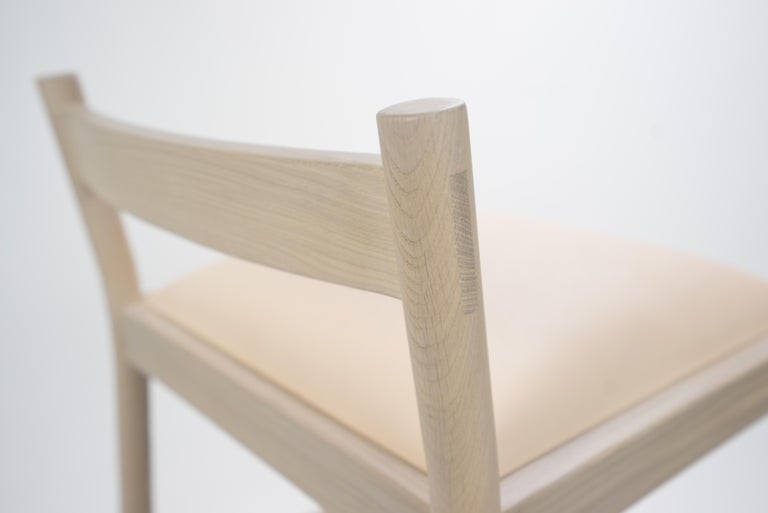 Carob Bar Stool by Sun at Six, Nude Minimalist Stool in Oak Wood and Leather In New Condition For Sale In San Jose, CA
