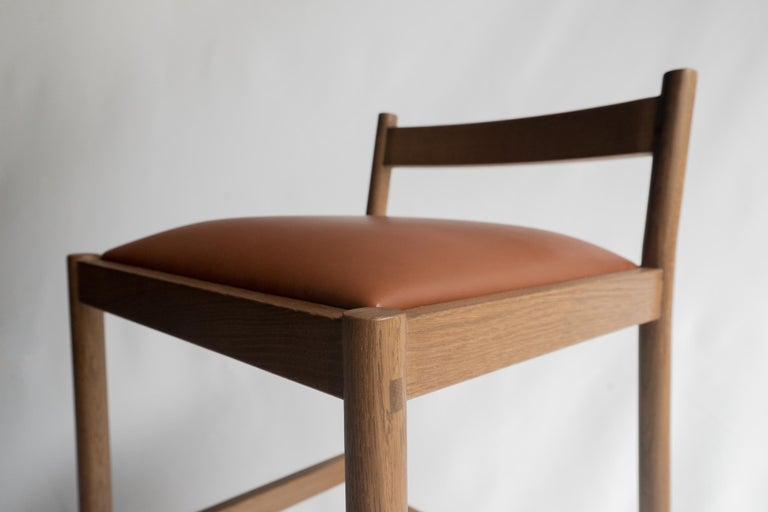 Contemporary Carob Bar Stool by Sun at Six, Sienna Minimalist Stool in Oak Wood and Leather For Sale