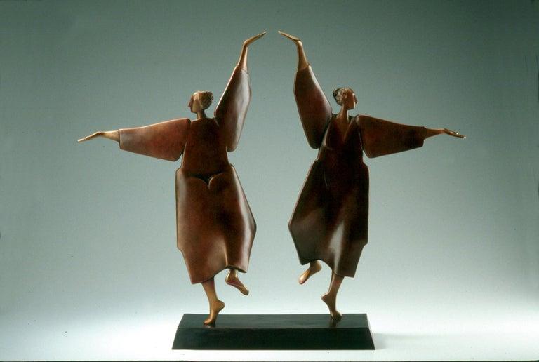 Carol Gold Figurative Sculpture - Fiesta