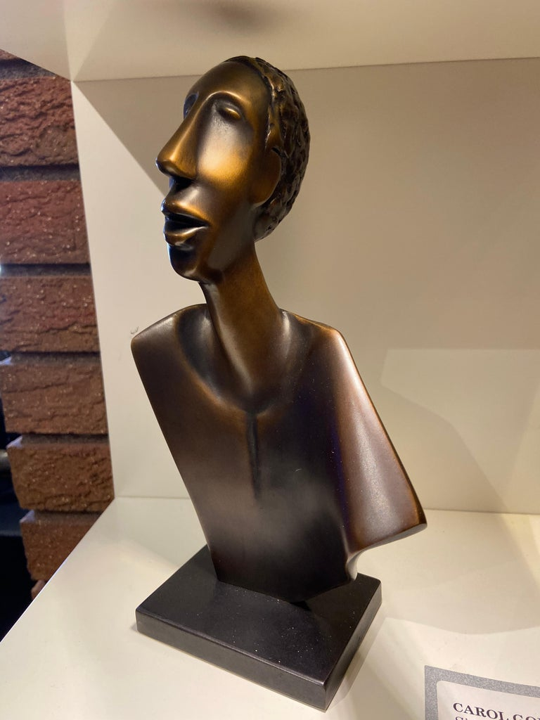 Carol Gold Figurative Sculpture - Singing