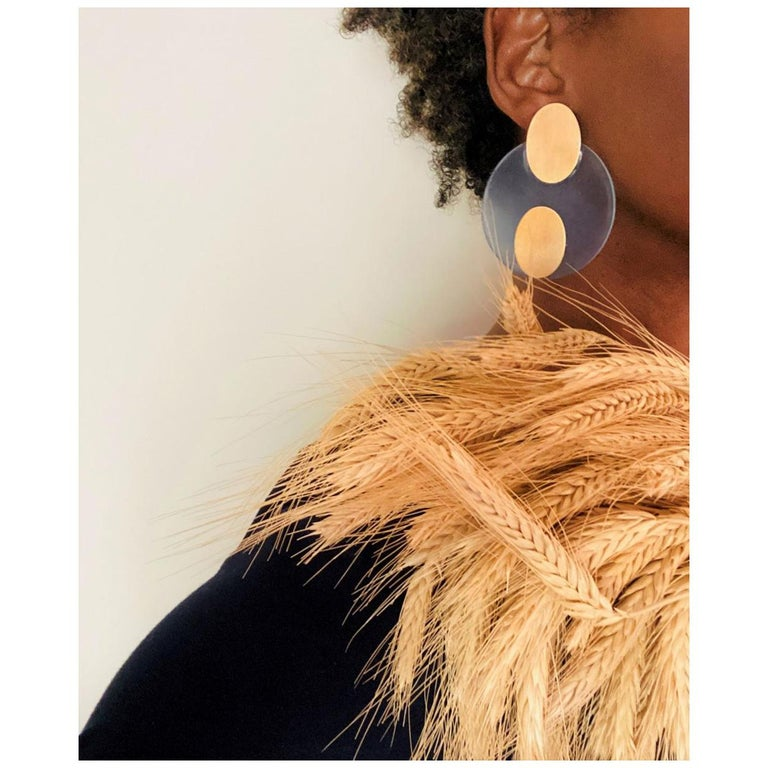 Vella mode Carol Modern Post Earrings Hand Worked in Resin and Brass For Sale