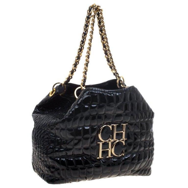 Carolina Herrera Black Croc Embossed Patent Leather Tote In Good Condition For Sale In Dubai, AE