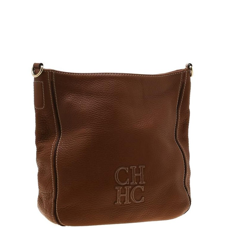 Women's Carolina Herrera Brown Pebbled Leather Messenger Bag For Sale