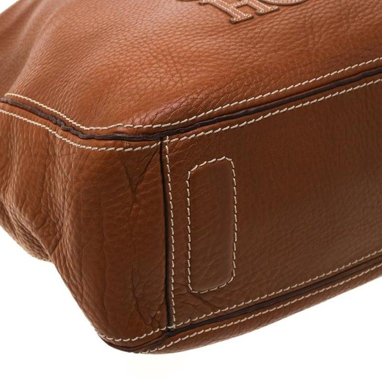 Carolina Herrera Brown Pebbled Leather Messenger Bag For Sale 2