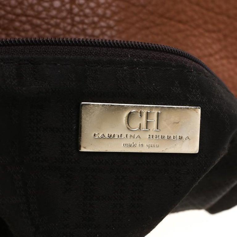 Carolina Herrera Brown Pebbled Leather Messenger Bag For Sale 3
