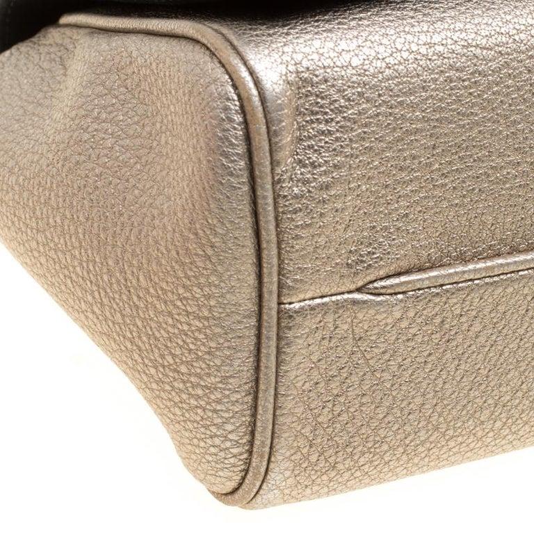 65663b80cef7 Carolina Herrera Metallic Gold Leather Crochet Shoulder Bag For Sale ...