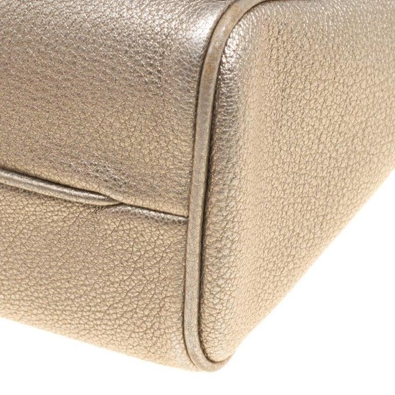 bf12802787aa Carolina Herrera Metallic Gold Leather Crochet Shoulder Bag at 1stdibs