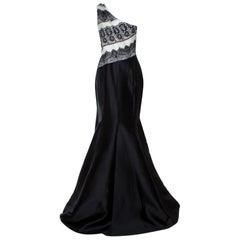 Carolina Herrera Monochrome Lace Print Silk One Shoulder Evening Gown M