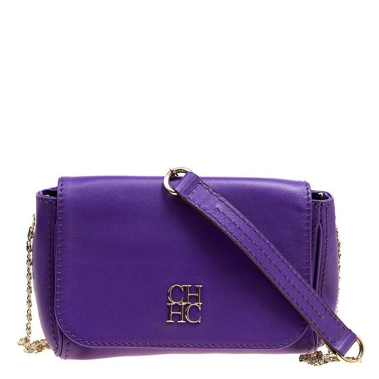 9007226ebd71 Carolina Herrera Purple Leather Shoulder Bag For Sale at 1stdibs
