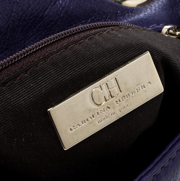 Carolina Herrera Purple Monogram Leather Audrey Shoulder Bag In Good Condition For Sale In Dubai, AE