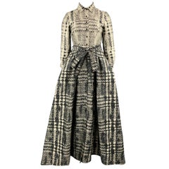 CAROLINA HERRERA Size 12 Beige & Black Houndstooth Pleat Skirt Shirt Gown