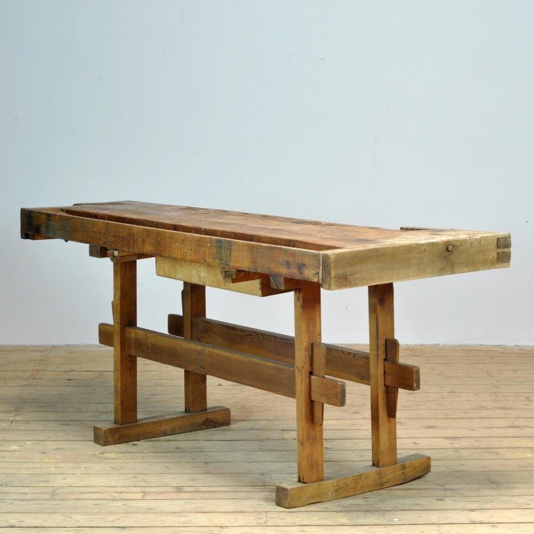 Carpenters Oak Workbench, circa 1900 In Good Condition For Sale In Amsterdam, Noord Holland