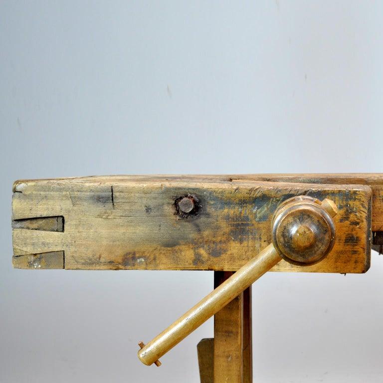 Carpenters Oak Workbench, circa 1900 For Sale 3