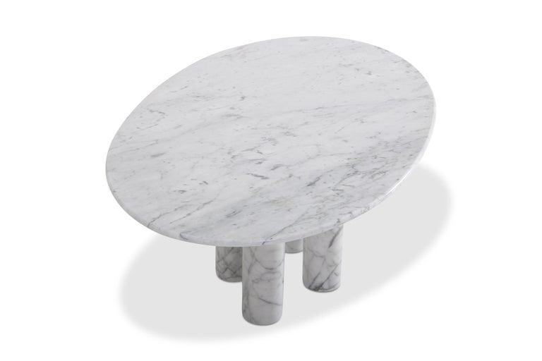 20th Century Mario Bellini's 'Il Colonnata' oval table in white marble For Sale