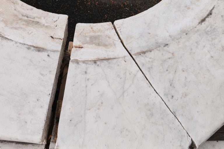 Carrara Marble Wellhead with Intricate Carvings Raised on Octagonal Base, 1920s For Sale 12