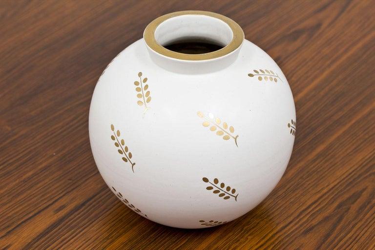 Scandinavian Modern Carrara Vase by Wilhelm Kåge for Gustavsberg, Sweden For Sale